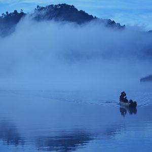Rowing at the Lake Bunyonyi