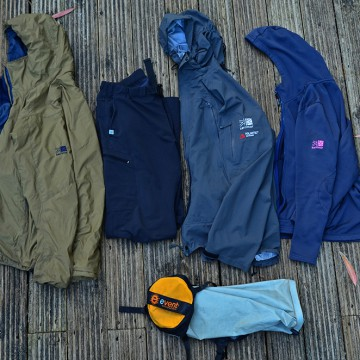 Clothing for bicycle touring / 旅の衣服